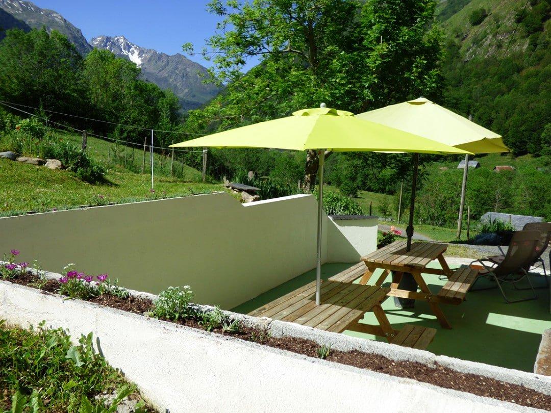 Le Begue summer patio